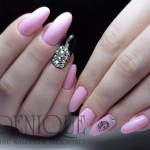 Natalia, manicure zdobienia